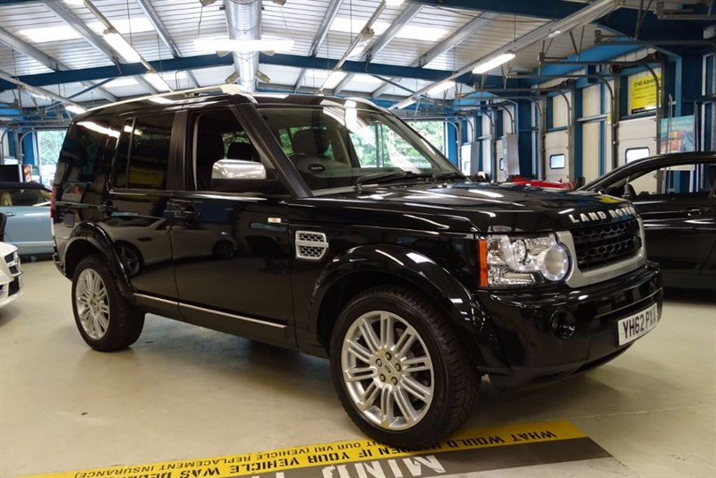 used Land Rover Discovery SDV6 HSE LUXURY [NAV / REAR DVD / TV / PAN ROOF] in basingstoke-hampshire