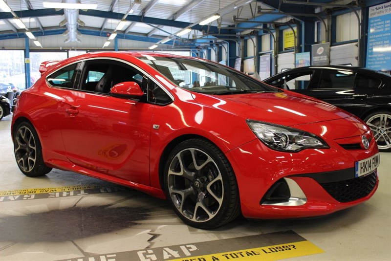 used Vauxhall Astra GTC Turbo 16v VXR in basingstoke-hampshire