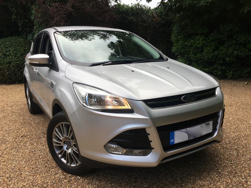 used Ford Kuga TITANIUM TDCI 4X4 Powershift in epsom-surrey
