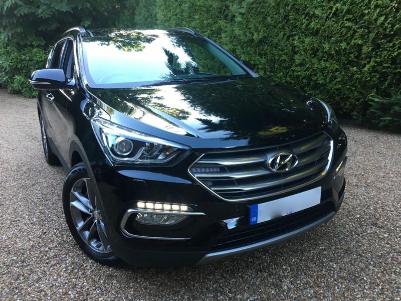 used Hyundai Santa Fe CRDI PREMIUM SE Blue Drive in epsom-surrey
