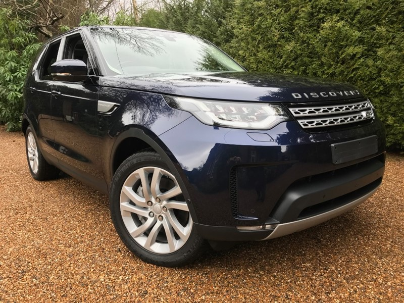 used Land Rover Discovery SDV6 3.0L HSE 306 BHP in epsom-surrey