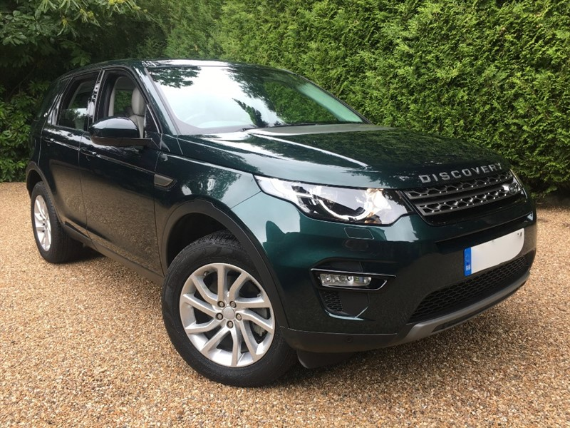 used Land Rover Discovery Sport 2.0 TD4 SE TECH 180 BHP in epsom-surrey