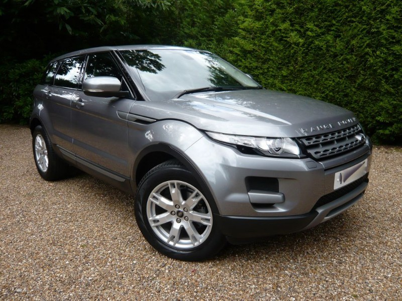 used Land Rover Range Rover Evoque 2.2 SD4 PURE TECH Sat Nav in epsom-surrey