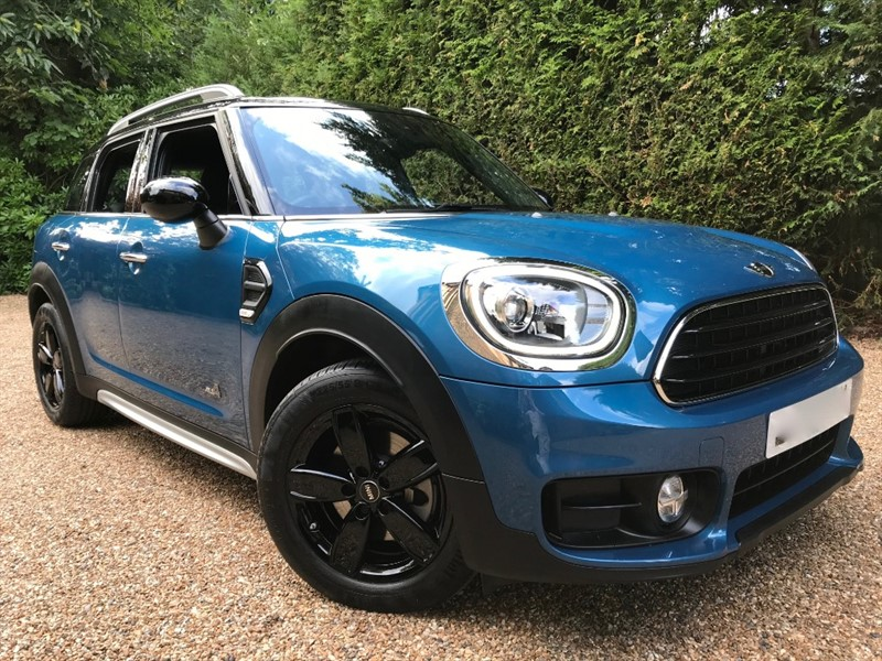 used MINI Countryman Cooper All 4 Countryman 1.5 5Door in epsom-surrey
