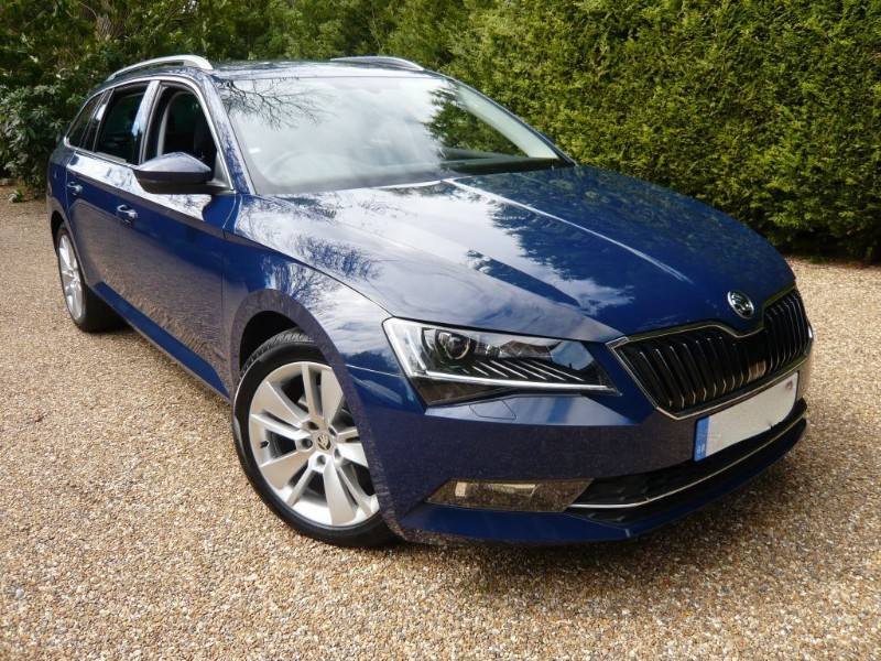 used Skoda Superb SEL Executive 2.0L 150 in epsom-surrey