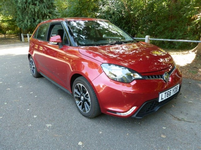 used MG 3 STYLE LUX S/S(A/c, Leather,C/c, Just 6,300m)
