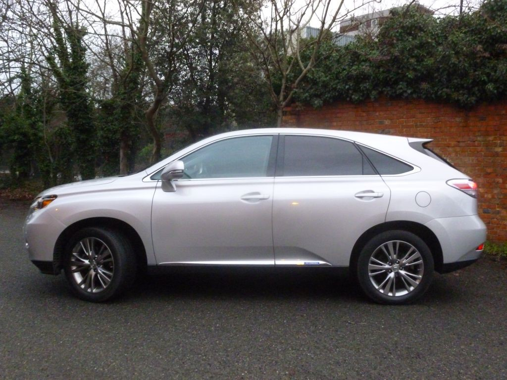 lexus rx 450h in wimbledon london compucars. Black Bedroom Furniture Sets. Home Design Ideas