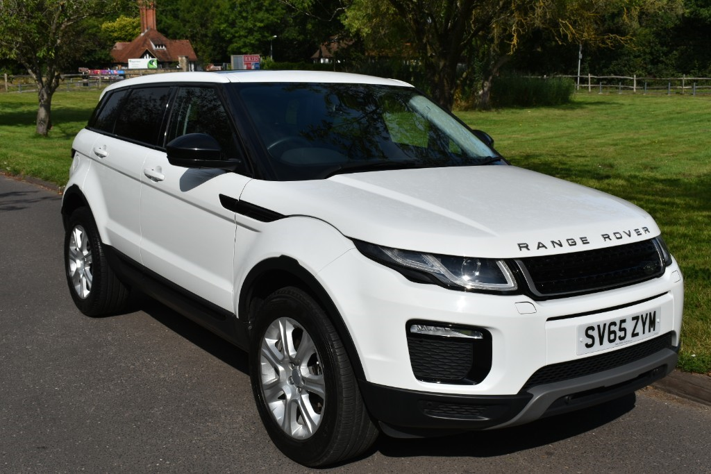 White Land Rover >> Used White Land Rover Range Rover Evoque For Sale Surrey