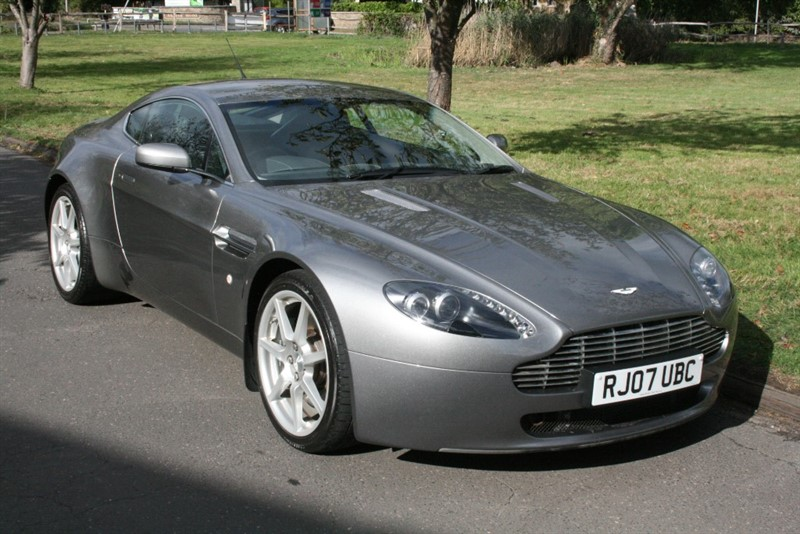 used Aston Martin Vantage V8 in aldershot-hampshire