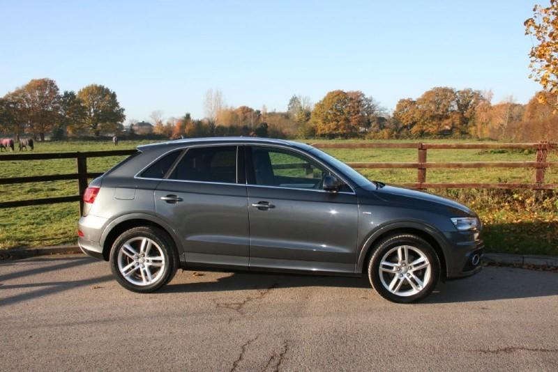 used Audi Q3 TDI QUATTRO S LINE AUTO SAT NAV in aldershot-hampshire