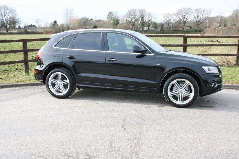 """used Audi Q5 TDI QUATTRO S LINE PLUS(sat nav/20"""" alloys/leather) in aldershot-hampshire"""