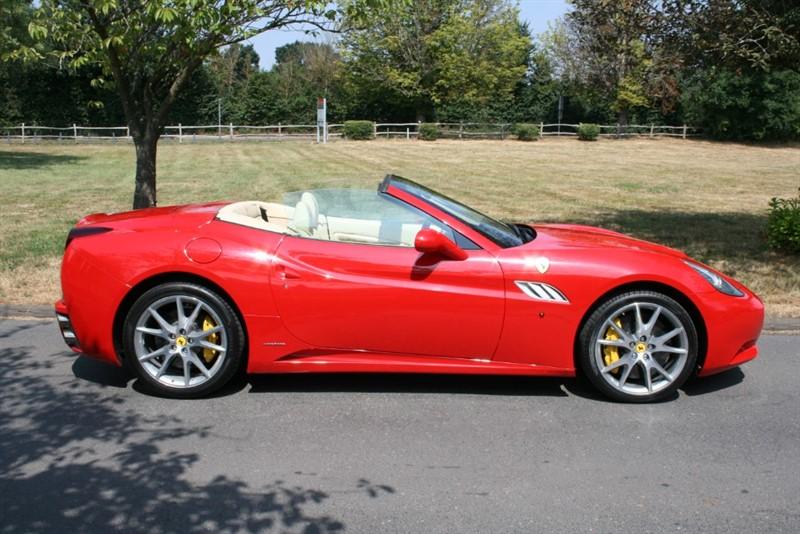 used Ferrari California 2 PLUS 2 in aldershot-hampshire