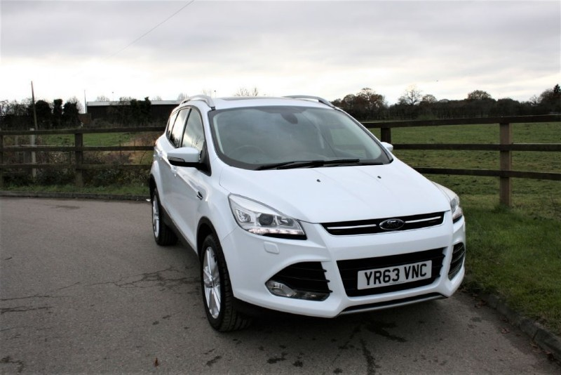 used Ford Kuga TITANIUM X TDCI ( 4X4 PLUS TILT/SLIDE GLASS ROOF) in aldershot-hampshire