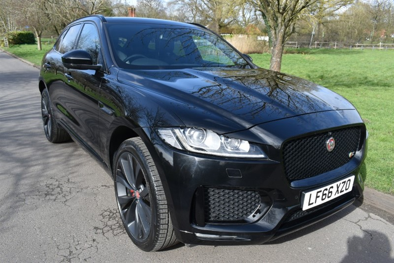 used Jaguar F-Pace V6 S AWD ( HUGE SPEC ) in aldershot-hampshire