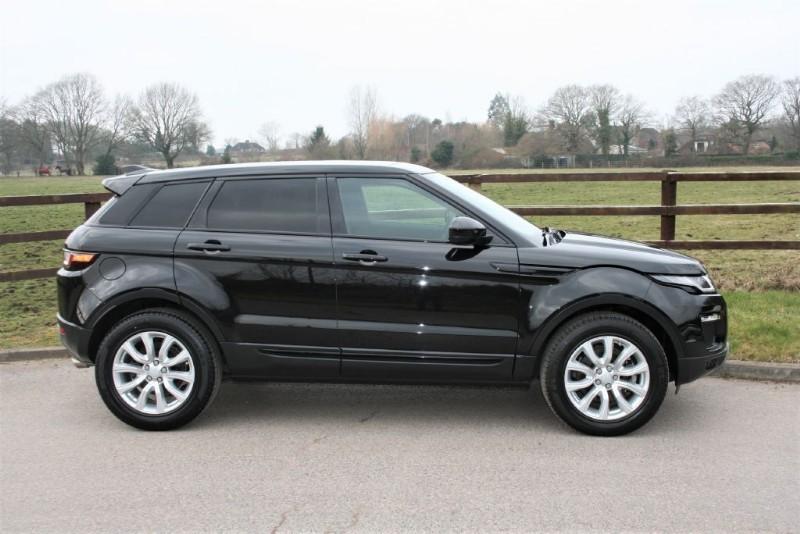 used Land Rover Range Rover Evoque TD4 SE TECH PANO ROOF SAT NAV in aldershot-hampshire