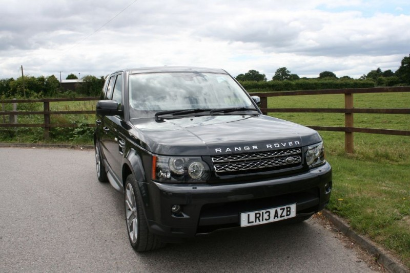 used Land Rover Range Rover Sport SDV6 HSE BLACK EDITION in aldershot-hampshire