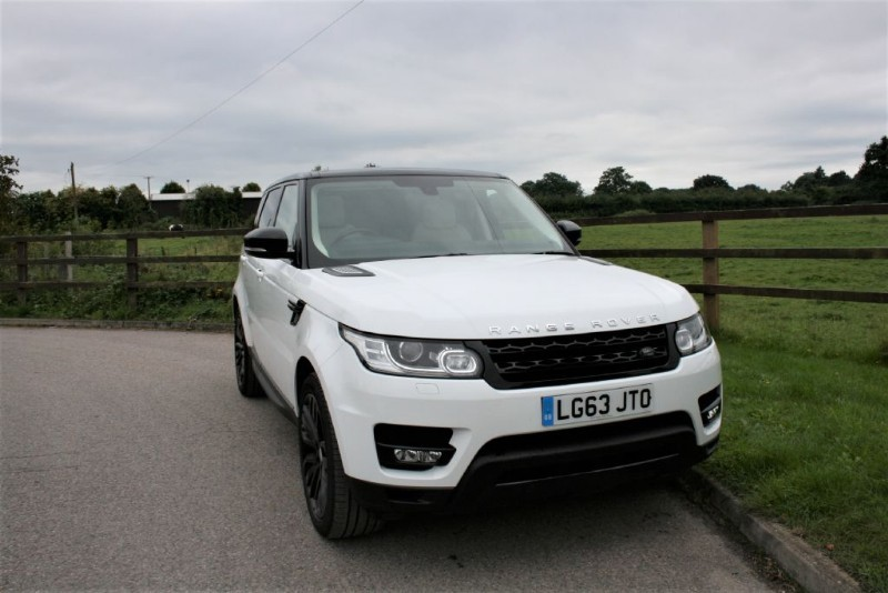used Land Rover Range Rover Sport SDV6 HSE DYNAMIC OPENING PANORAMIC ROOF in aldershot-hampshire