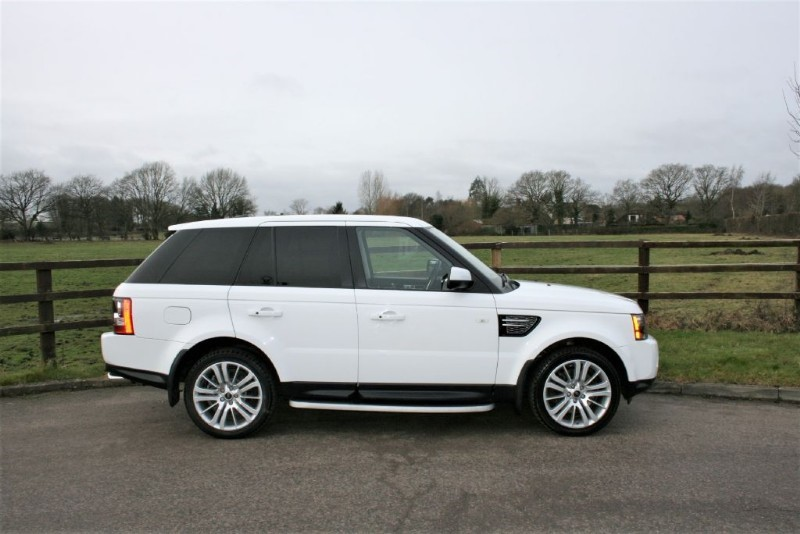 used Land Rover Range Rover Sport SDV6 HSE BLACK EDITION AUTO in aldershot-hampshire