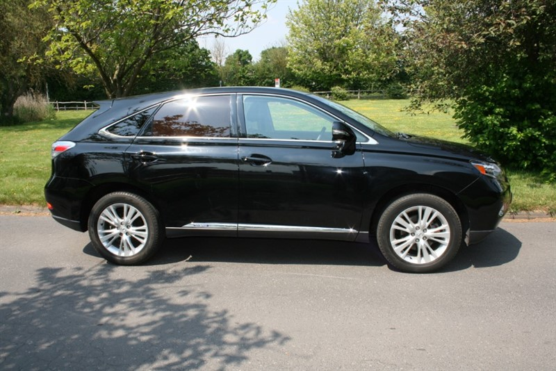 used Lexus RX 450h SE-L in aldershot-hampshire