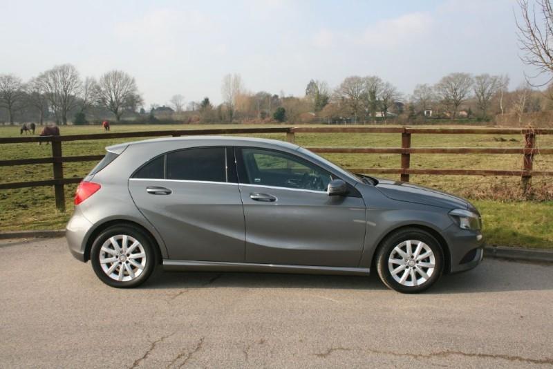 used Mercedes A180 CDI BLUEEFFICIENCY SE in aldershot-hampshire