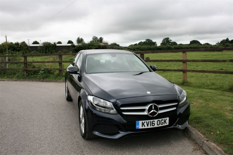 used Mercedes C200 SE in aldershot-hampshire