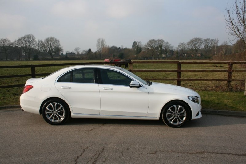 used Mercedes C300 H SPORT PREMIUM in aldershot-hampshire