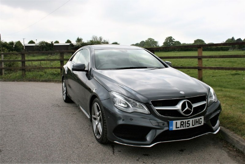 used Mercedes E220 BLUETEC AMG LINE (COMAND - SAT NAV) in aldershot-hampshire