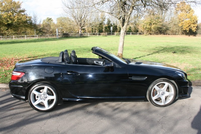 used Mercedes SLK200 SLK200 BLUEEFFICIENCY AMG SPORT in aldershot-hampshire