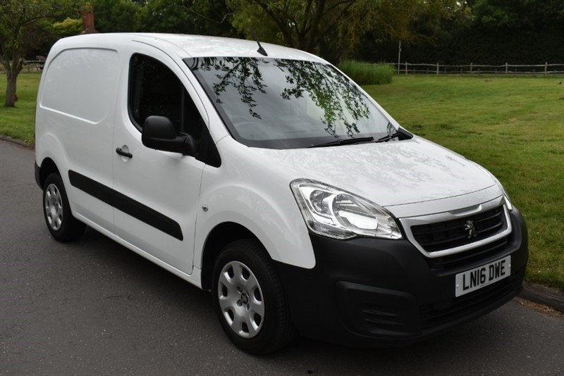 used Peugeot Partner HDI PROFESSIONAL 850 in aldershot-hampshire