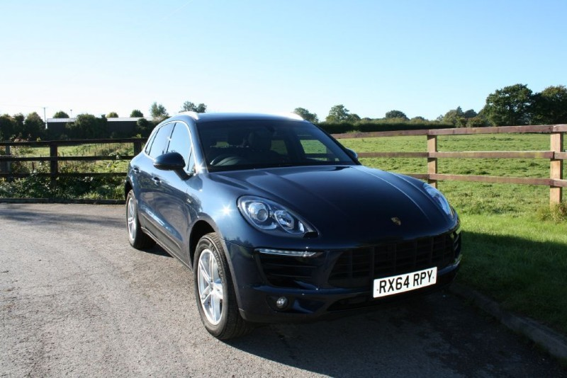 used Porsche Macan D S PDK (TILT AND SLIDE PANO ROOF PLUS TO MANY EXTRAS TO LIST!) in aldershot-hampshire
