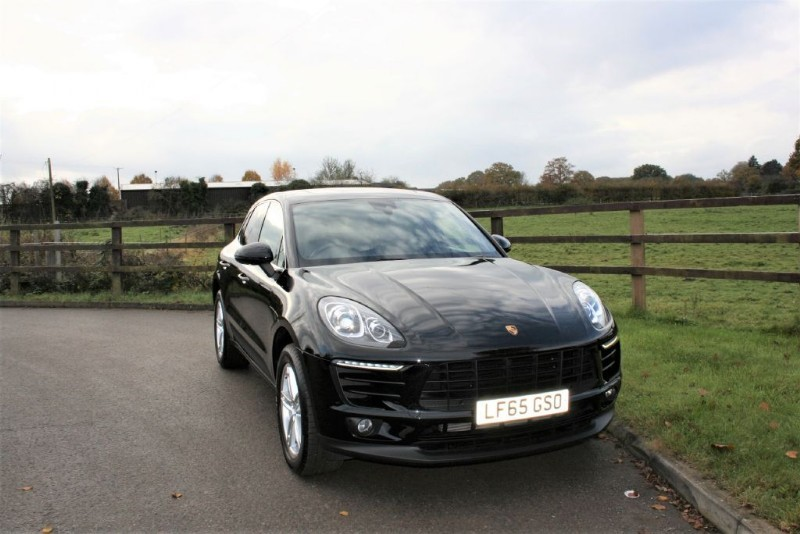 used Porsche Macan D S PDK ( PCM & PANO ROOF) in aldershot-hampshire