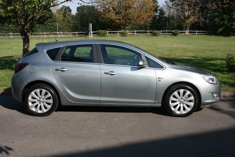 used Vauxhall Astra SE in aldershot-hampshire
