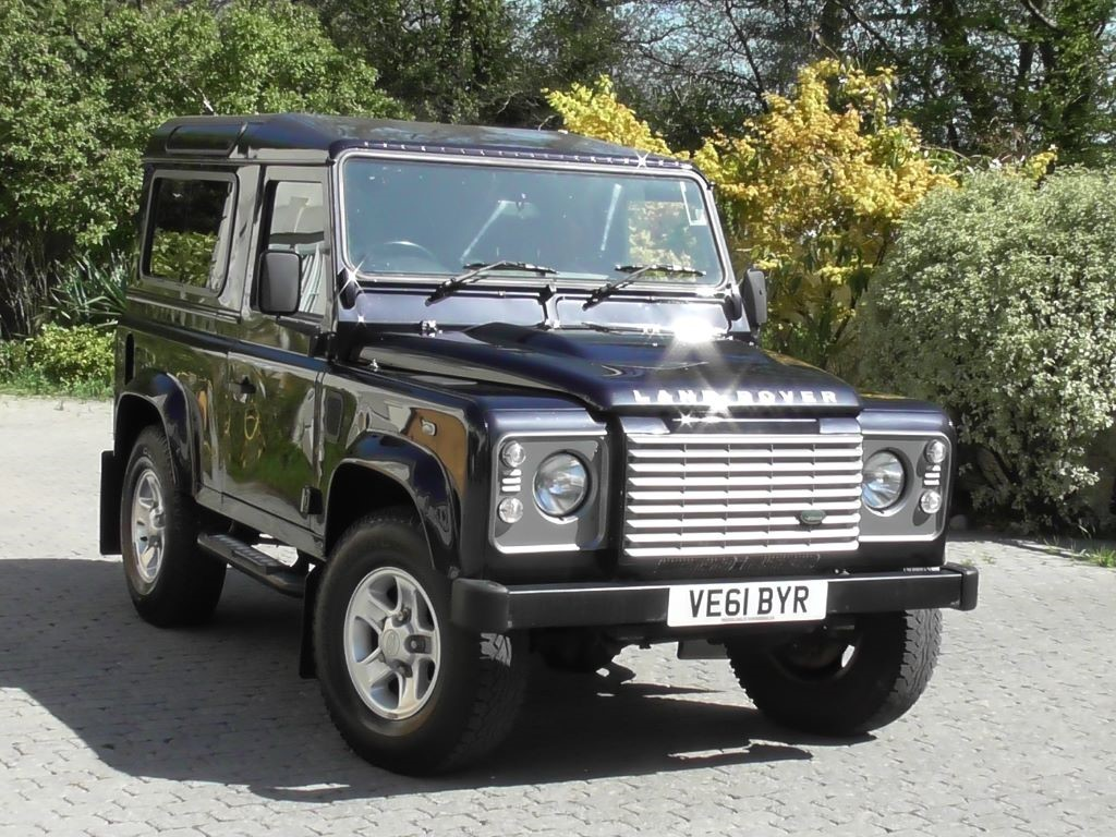 used rover in cars surrey cranleigh sale land images awaiting landrover walton cyl motors for series petrol
