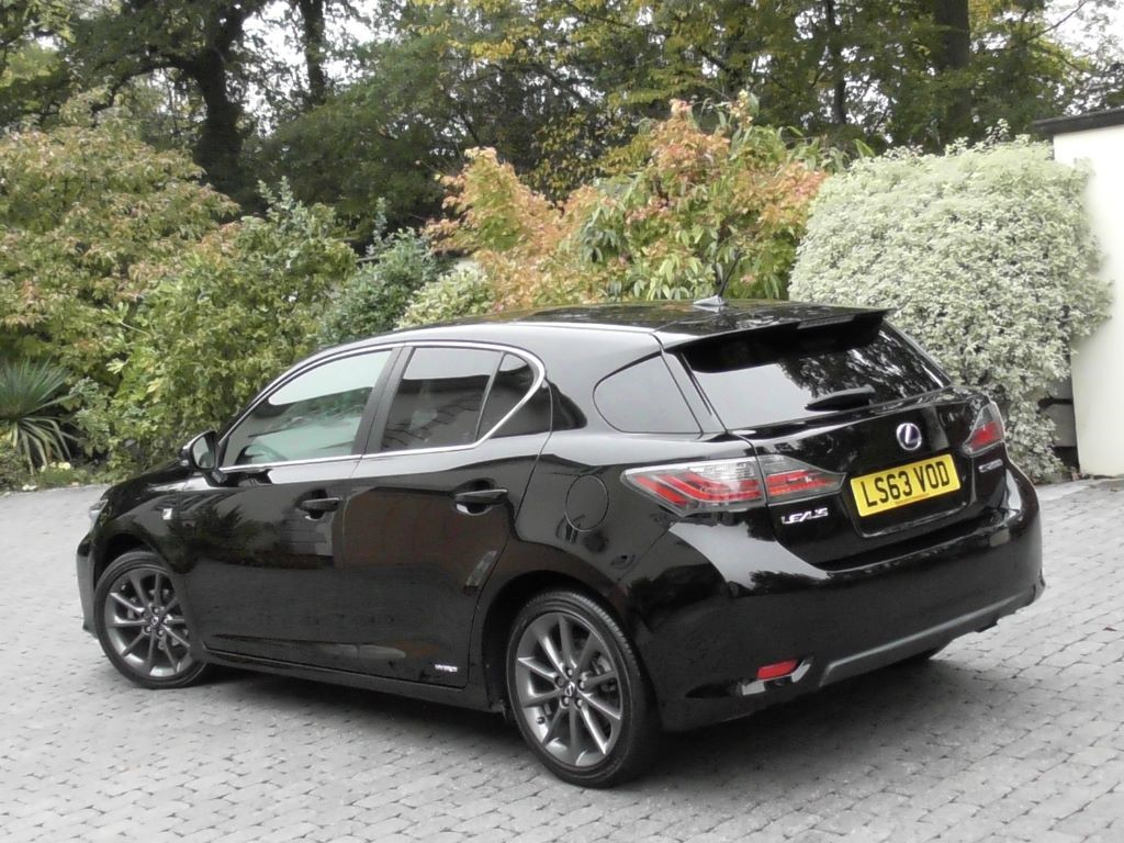 Lexus Ct200h Wiring Diagram Ct200 Usedused Ct 200h Review Pictures Auto Express Used Celestial Black Met With Leather