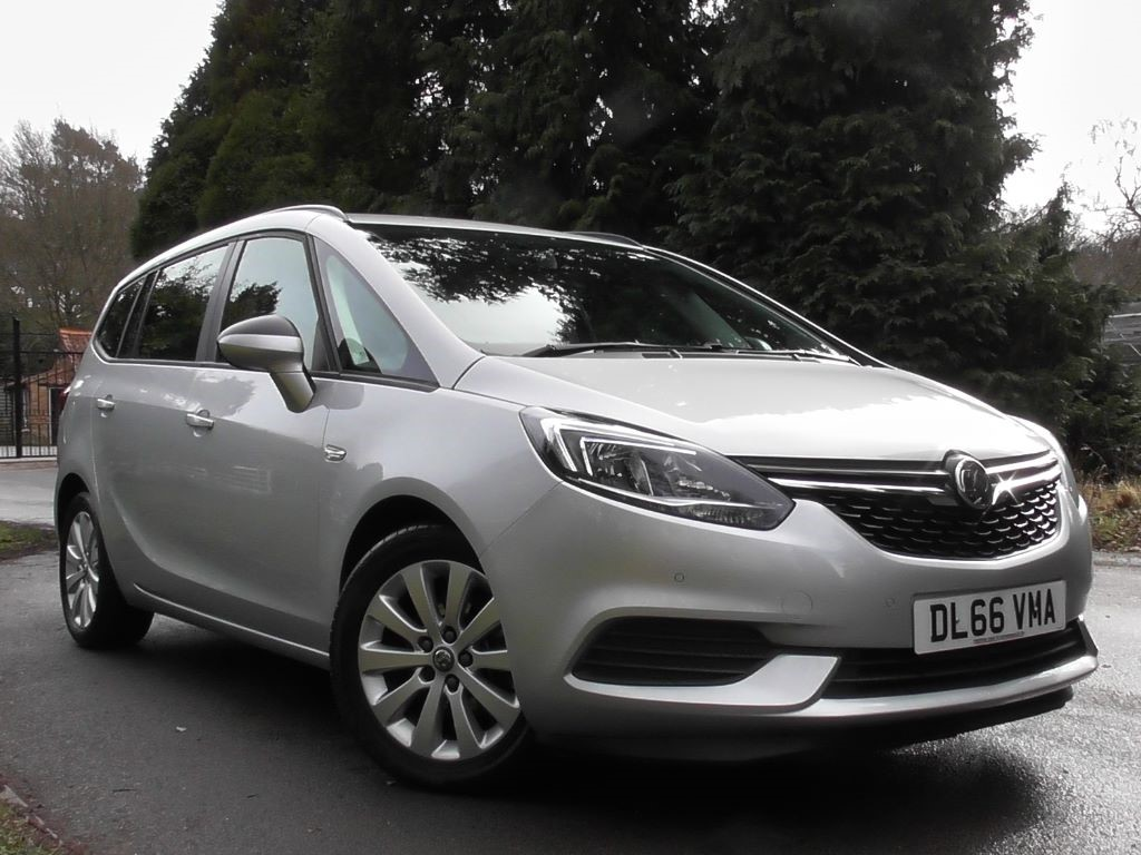 used sovereign silver met vauxhall zafira tourer for sale surrey. Black Bedroom Furniture Sets. Home Design Ideas