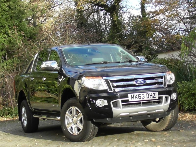 used Ford Ranger 3.2 TDCI Limited 4X4 Double Cab Pick-up in windlesham-surrey