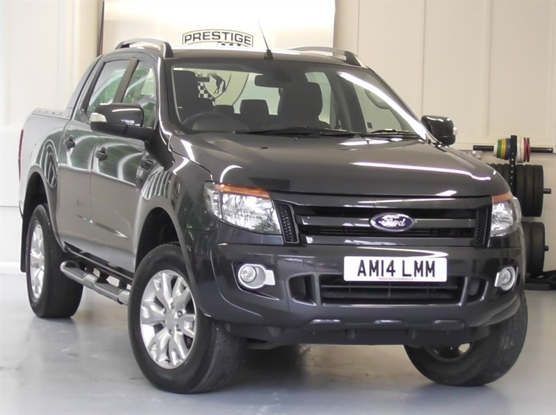 used Ford Ranger 3.2 TDCi Wildtrak 4X4 Double Cab Pick-Up Auto in windlesham-surrey