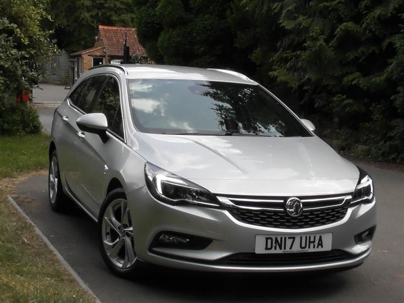 used Vauxhall Astra Tourer 1.4 SRI S/S Automatic in windlesham-surrey