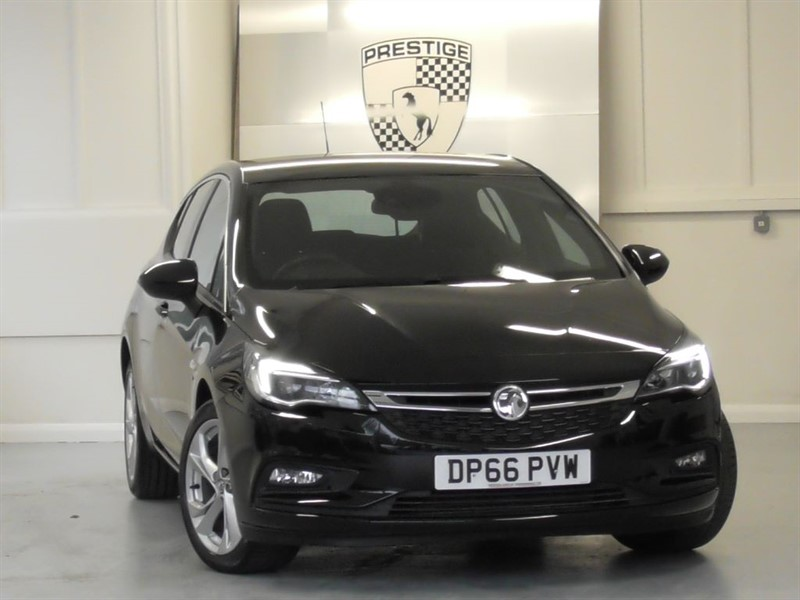 used Vauxhall Astra 1.6 CDTI SRI S/S in windlesham-surrey