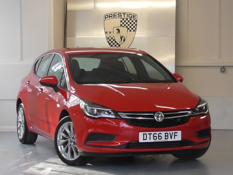 used Vauxhall Astra 1.4i Turbo TECH LINE S/S in windlesham-surrey
