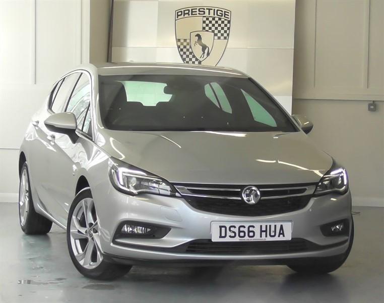 used Vauxhall Astra SRI NAV in windlesham-surrey
