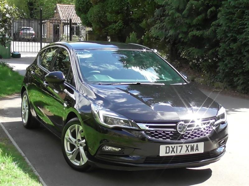 used Vauxhall Astra 1.4 Turbo SRI NAV S/S in windlesham-surrey