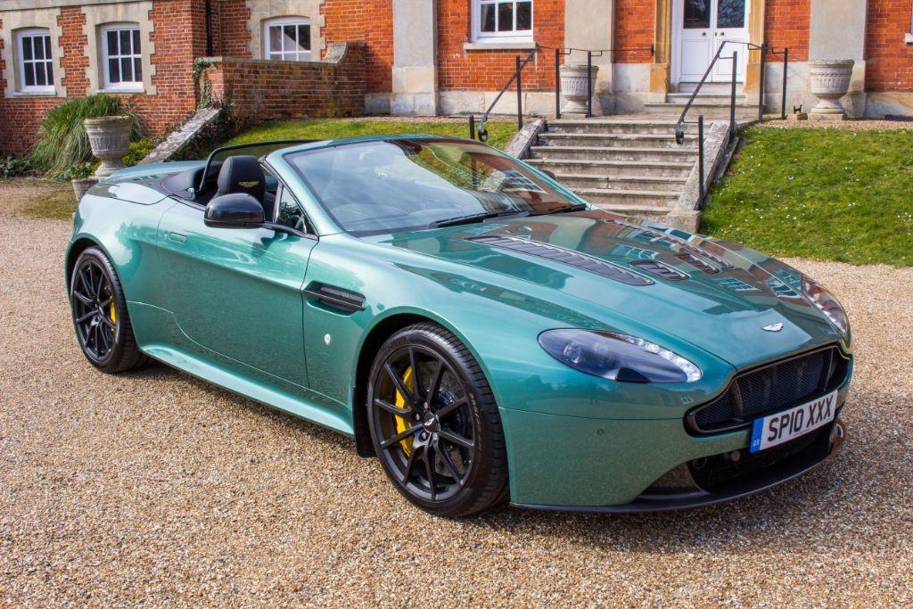 used Aston Martin Vantage 5.9 S V12 ROADSTER (SAT NAV) in Hampshire