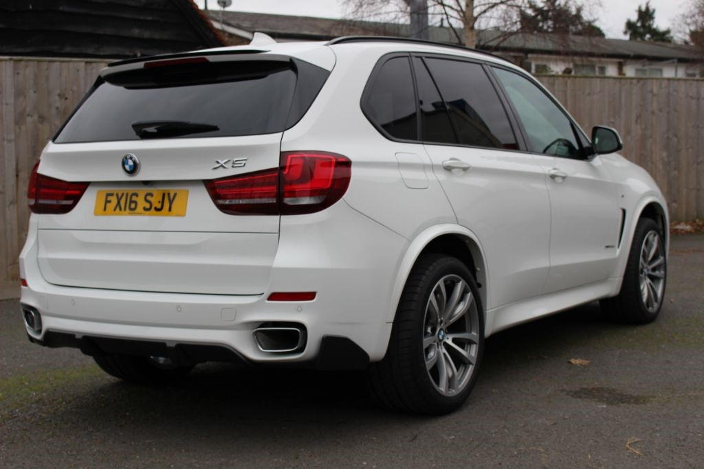 used alpine white bmw x5 for sale hampshire. Black Bedroom Furniture Sets. Home Design Ideas