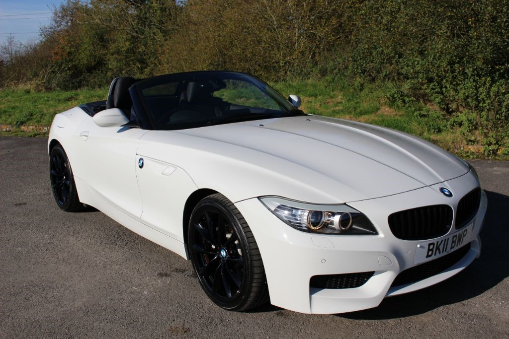 used BMW Z4 SDRIVE 30I M SPORT HIGHLINE EDITION (SAT NAV) in Hampshire