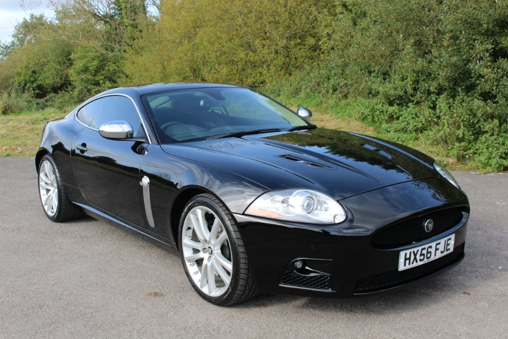used Jaguar XKR 4.2 V8 SUPERCHARGED COUPE AUTO (SAT NAV) in Hampshire
