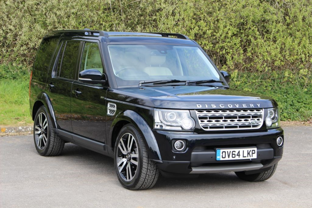 used Land Rover Discovery 3.0 SDV6 HSE LUXURY (sat nav) in Hampshire