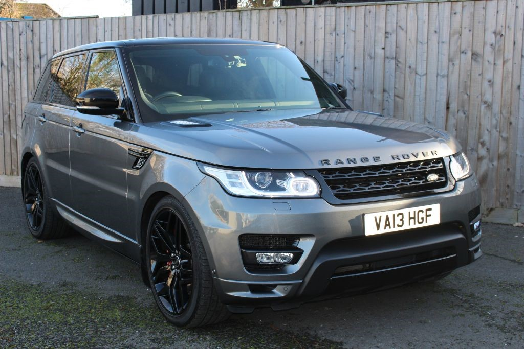 used Land Rover Range Rover Sport 5.0V8 SUPERCHARGED AUTOBIOGRAPHY DYNAMIC (SAT NAV) in Hampshire