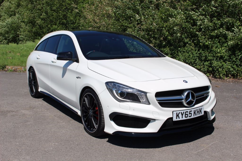 used Mercedes CLA45 AMG 2.0 CLA45 AMG 4MATIC (Sat Nav) in Hampshire