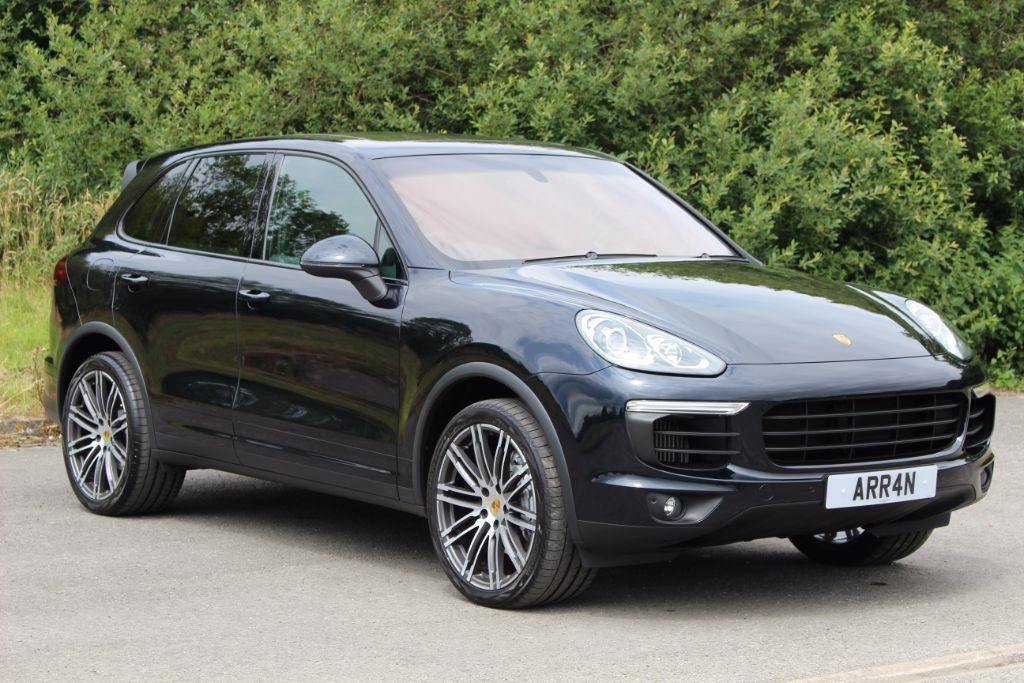 used Porsche Cayenne 4.2 D V8 S TIPTRONIC (Sat Nav) in Hampshire
